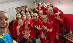 Frauen: Derbysieger !!